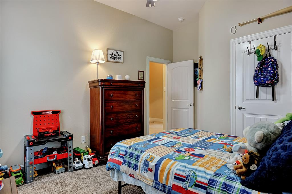 948 Bluebird Way, Celina, Texas 75009 - acquisto real estate best investor home specialist mike shepherd relocation expert
