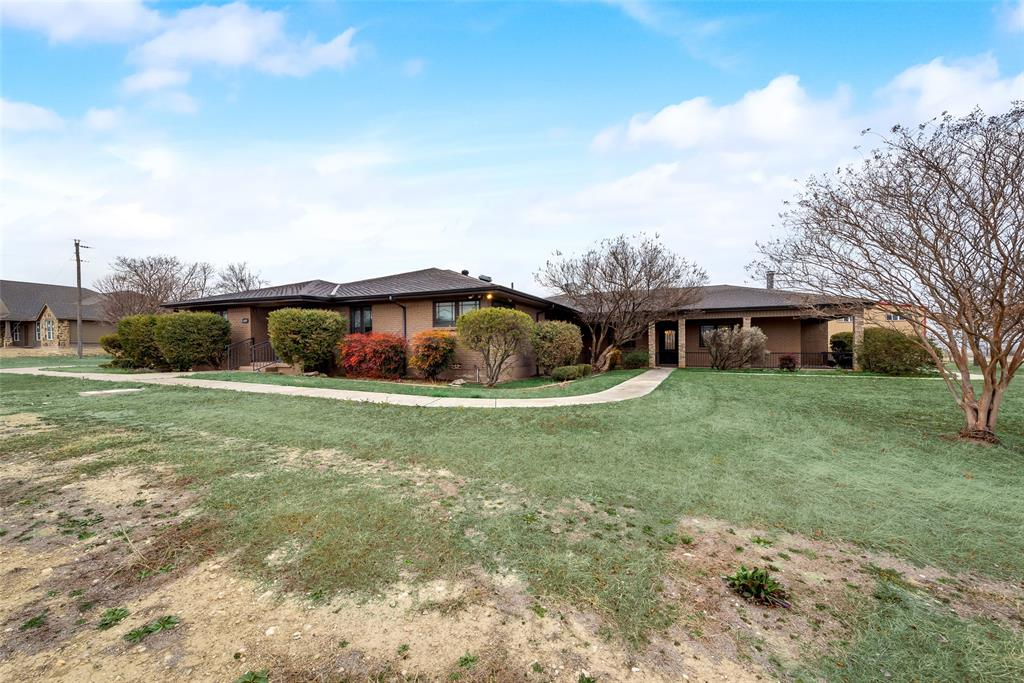 469 Pioneer Road, Rhome, Texas 76078 - acquisto real estate best realtor foreclosure real estate mike shepeherd walnut grove realtor