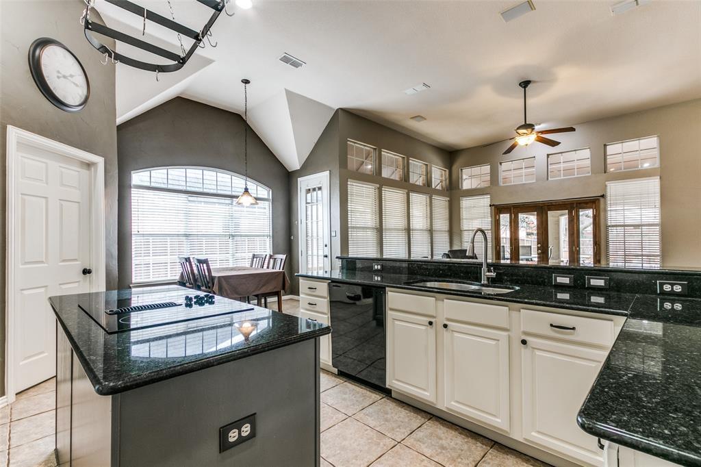 3313 Devonshire Court, Flower Mound, Texas 75022 - acquisto real estate best new home sales realtor linda miller executor real estate