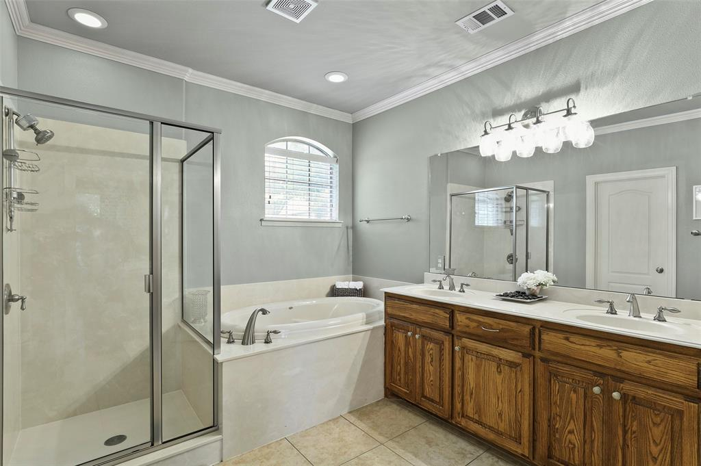 827 Canterbury Drive, Rockwall, Texas 75032 - acquisto real estate best investor home specialist mike shepherd relocation expert