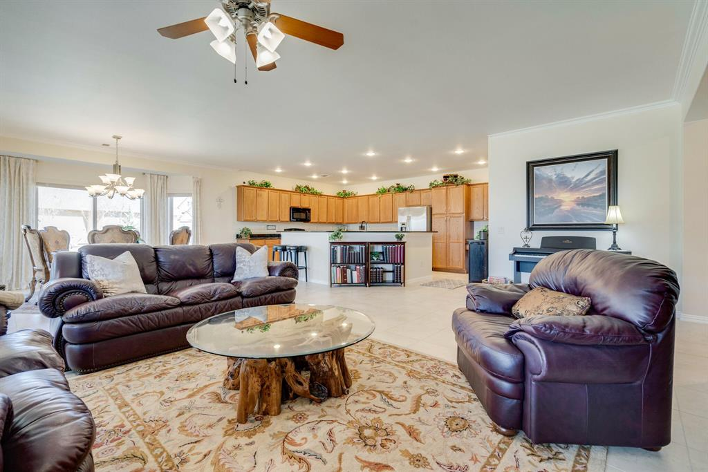 9004 Freeport Drive, Denton, Texas 76207 - acquisto real estaet best boutique real estate firm in texas for high net worth sellers