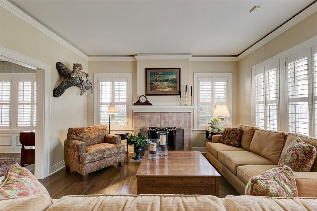 2434 Wabash Avenue, Fort Worth, Texas 76109 - acquisto real estate best celina realtor logan lawrence best dressed realtor