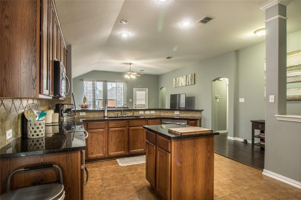 323 Highland Ridge Drive, Wylie, Texas 75098 - acquisto real estate best real estate company to work for
