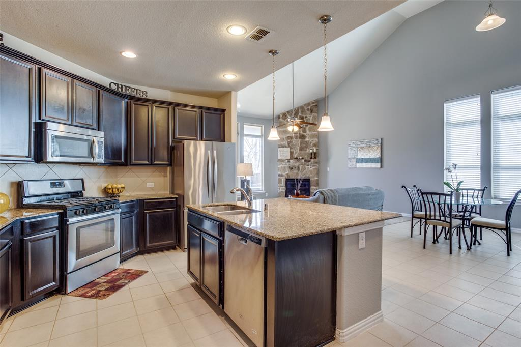 701 Spring Falls Drive, McKinney, Texas 75071 - acquisto real estate best style realtor kim miller best real estate reviews dfw
