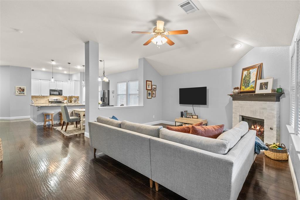 2737 Laurel Oak Drive, McKinney, Texas 75071 - acquisto real estate best highland park realtor amy gasperini fast real estate service