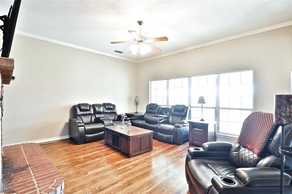 8541 Saddle Creek Road, Abilene, Texas 79602 - acquisto real estate best celina realtor logan lawrence best dressed realtor