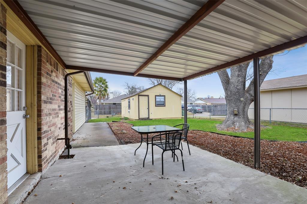 1413 Kingsbridge Drive, Garland, Texas 75044 - acquisto real estate best photo company frisco 3d listings