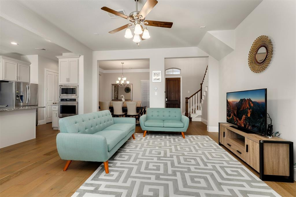 300 Ridgewood Drive, Lewisville, Texas 75067 - acquisto real estate best prosper realtor susan cancemi windfarms realtor
