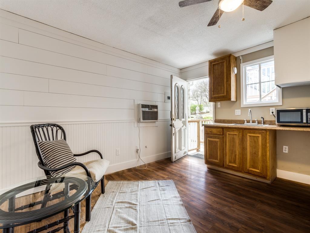 601 Parker Street, McKinney, Texas 75069 - acquisto real estate best plano real estate agent mike shepherd