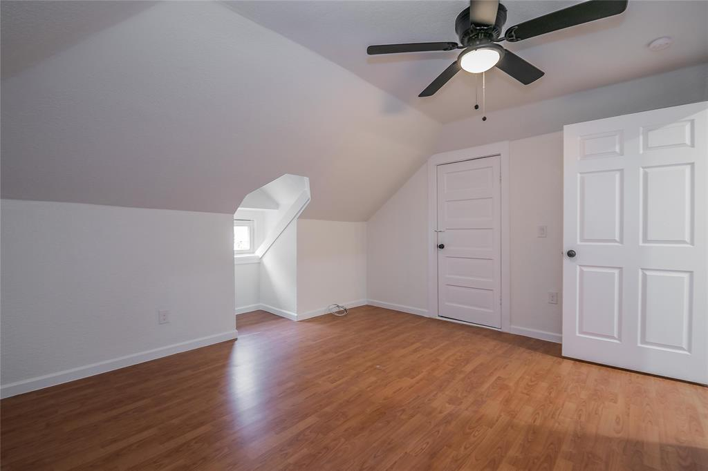 2925 May Street, Fort Worth, Texas 76110 - acquisto real estate best plano real estate agent mike shepherd