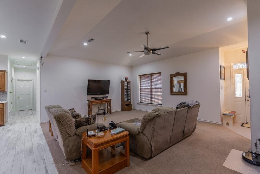 1060 Tumbleweed Drive, Waxahachie, Texas 75167 - acquisto real estate best investor home specialist mike shepherd relocation expert