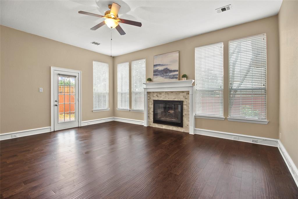 7616 England Drive, Plano, Texas 75025 - acquisto real estate best new home sales realtor linda miller executor real estate