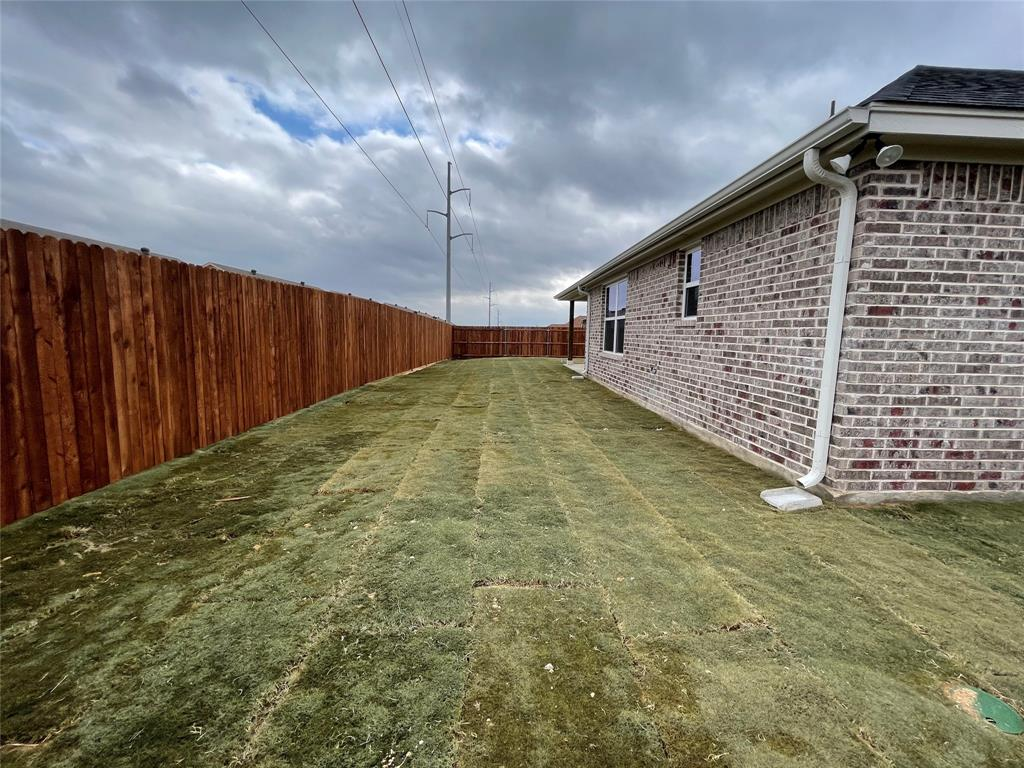 3019 Meandering Way, Granbury, Texas 76049 - acquisto real estate best realtor dallas texas linda miller agent for cultural buyers