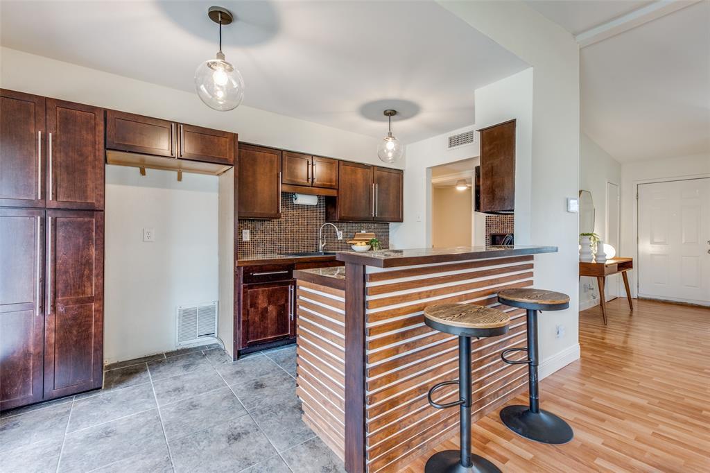 12030 Sunland Street, Dallas, Texas 75218 - acquisto real estate best highland park realtor amy gasperini fast real estate service