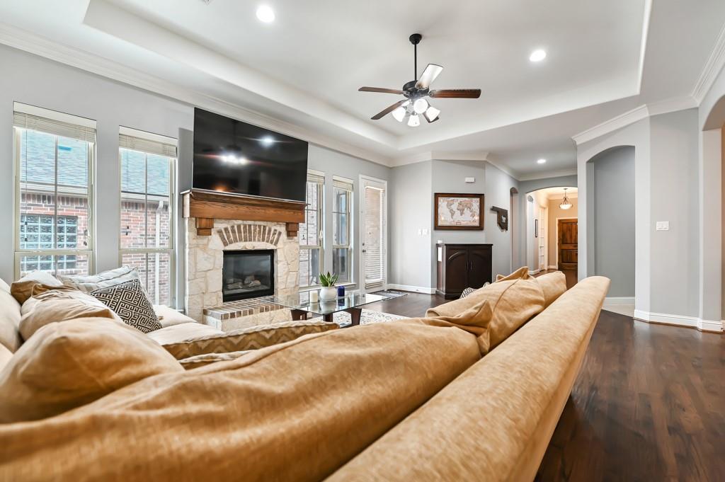 1404 Steepleview Lane, McKinney, Texas 75069 - acquisto real estate best highland park realtor amy gasperini fast real estate service