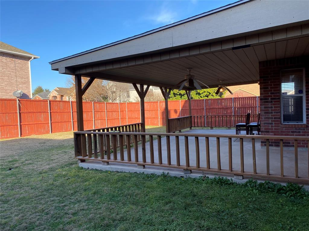 7209 Hummingbird  Court, North Richland Hills, Texas 76180 - acquisto real estate best frisco real estate broker in texas for high net worth buyers