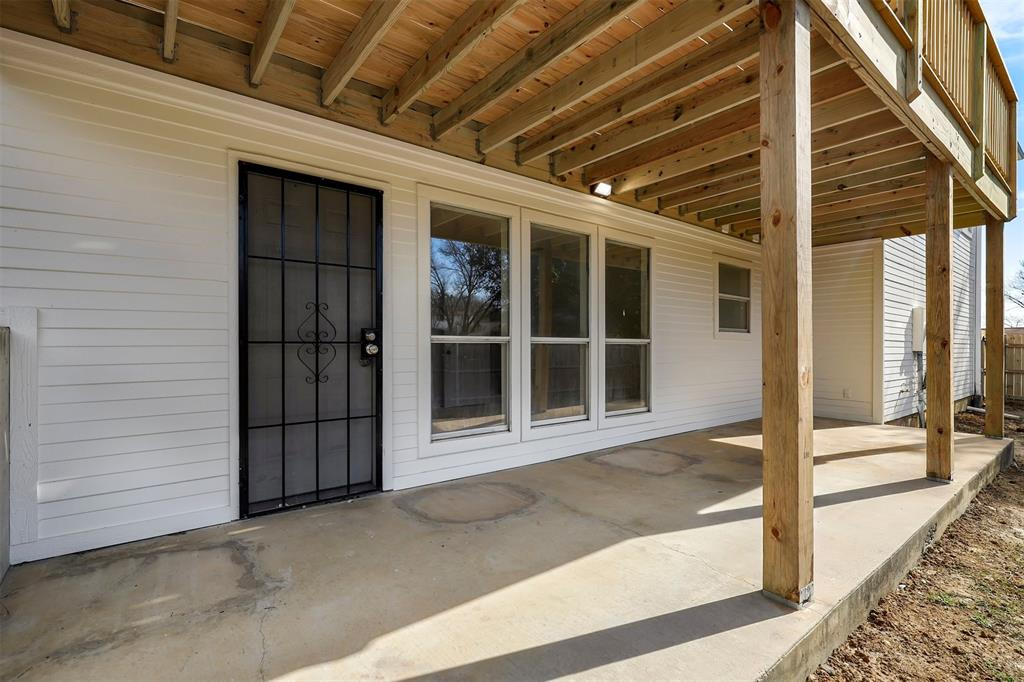 2916 Patino Road, Fort Worth, Texas 76112 - acquisto real estate best park cities realtor kim miller best staging agent