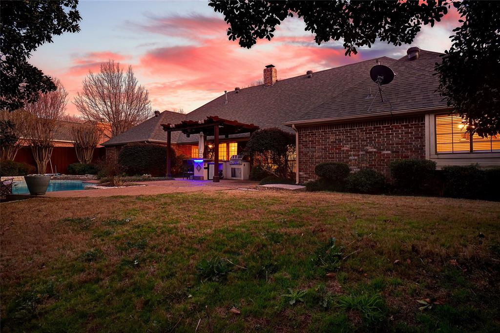 2400 Spruce Court, Colleyville, Texas 76034 - acquisto real estate best realtor westlake susan cancemi kind realtor of the year