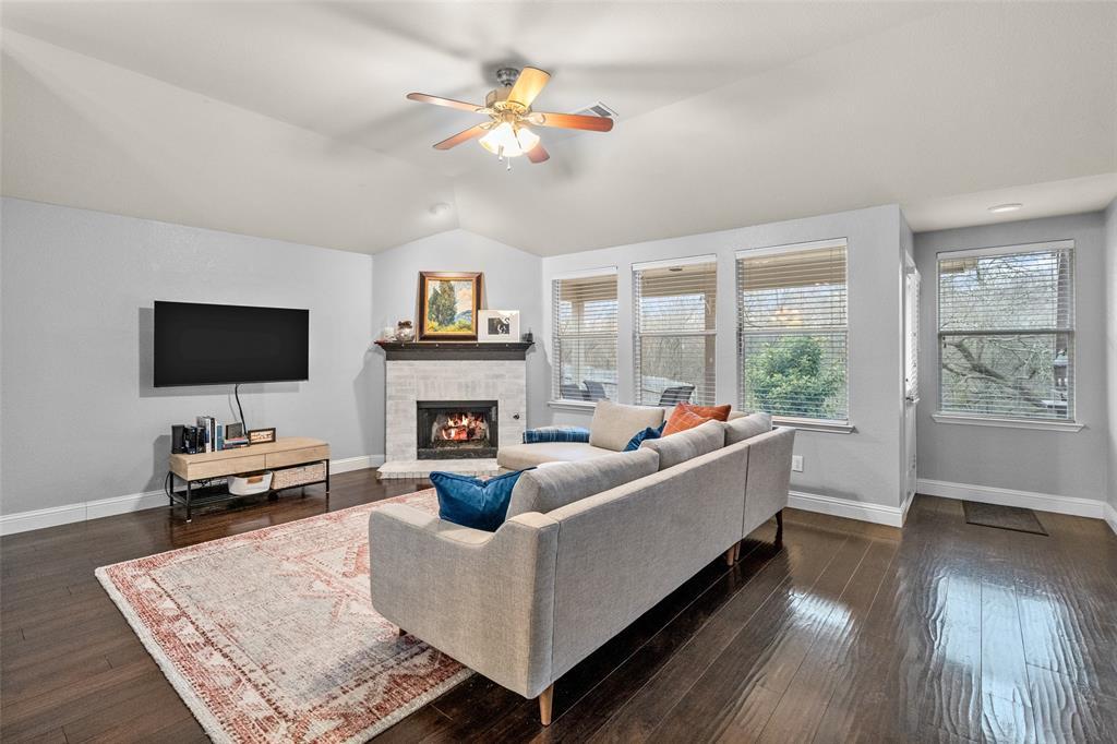 2737 Laurel Oak Drive, McKinney, Texas 75071 - acquisto real estate best celina realtor logan lawrence best dressed realtor