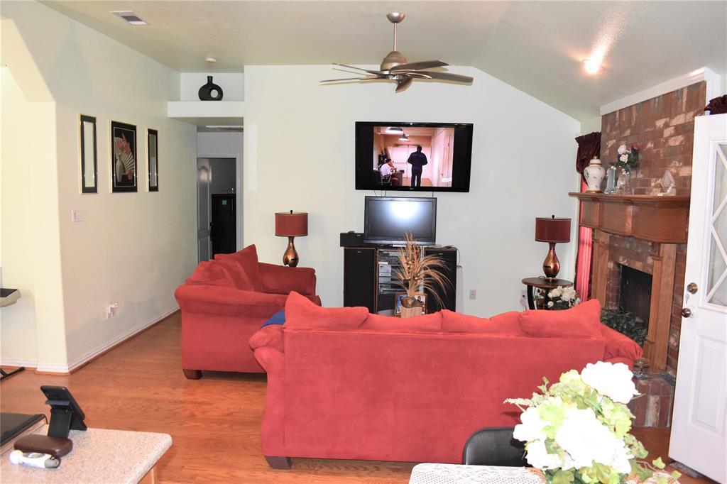 1424 Chapman Drive, Lancaster, Texas 75134 - acquisto real estate best highland park realtor amy gasperini fast real estate service