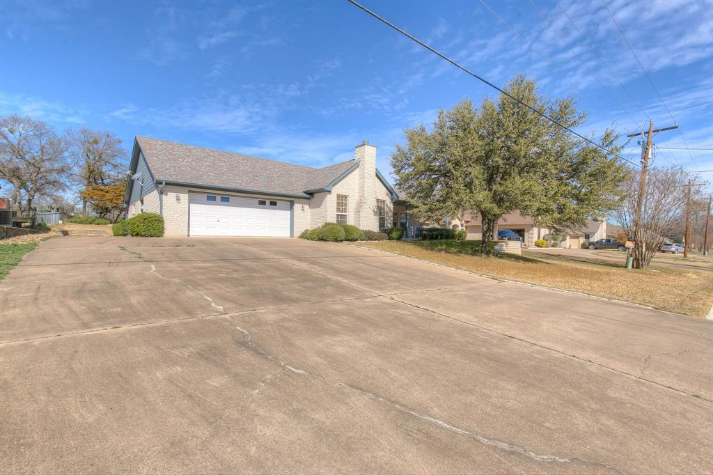 6510 Circo Drive, Granbury, Texas 76049 - acquisto real estate best the colony realtor linda miller the bridges real estate
