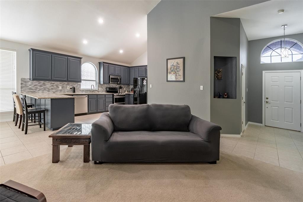 9736 Burwell  Drive, Fort Worth, Texas 76244 - acquisto real estate best luxury buyers agent in texas shana acquisto inheritance realtor