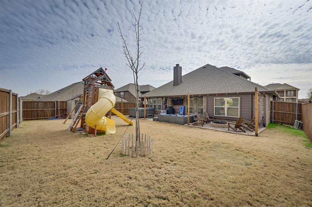 1617 Wright Street, Savannah, Texas 76227 - acquisto real estate best plano real estate agent mike shepherd