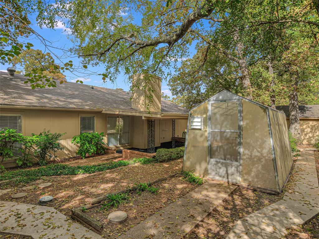 5707 Teal Ridge Drive, Arlington, Texas 76017 - acquisto real estate best negotiating realtor linda miller declutter realtor