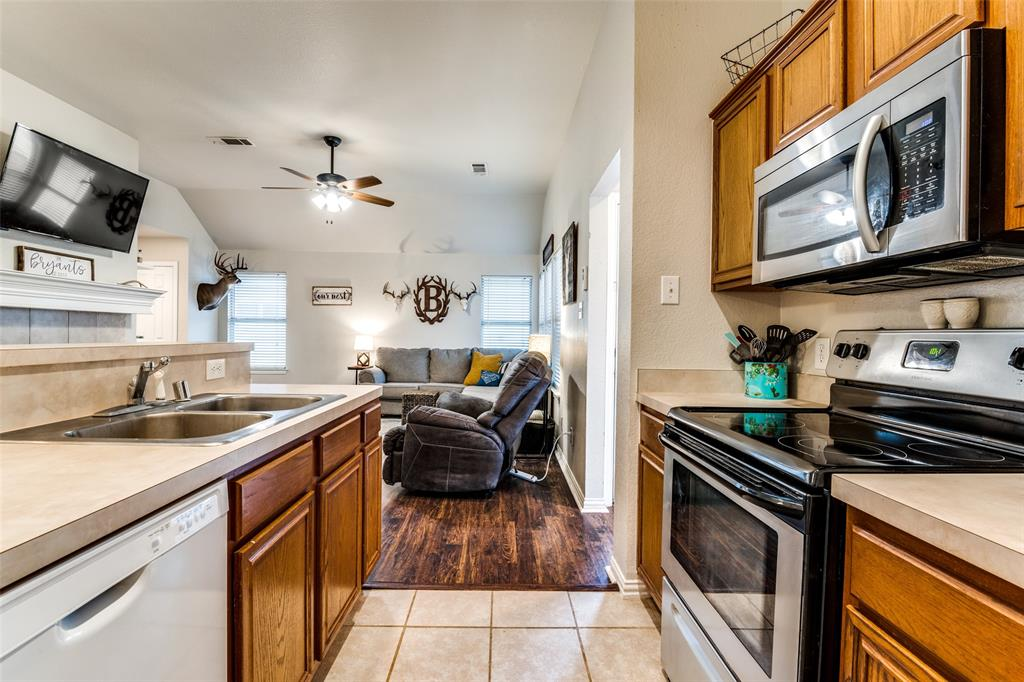 1425 Devonshire Drive, Providence Village, Texas 76227 - acquisto real estate best flower mound realtor jody daley lake highalands agent of the year