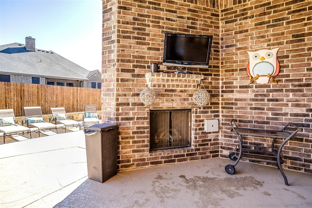 157 Diablo Drive, Burleson, Texas 76028 - acquisto real estate best plano real estate agent mike shepherd
