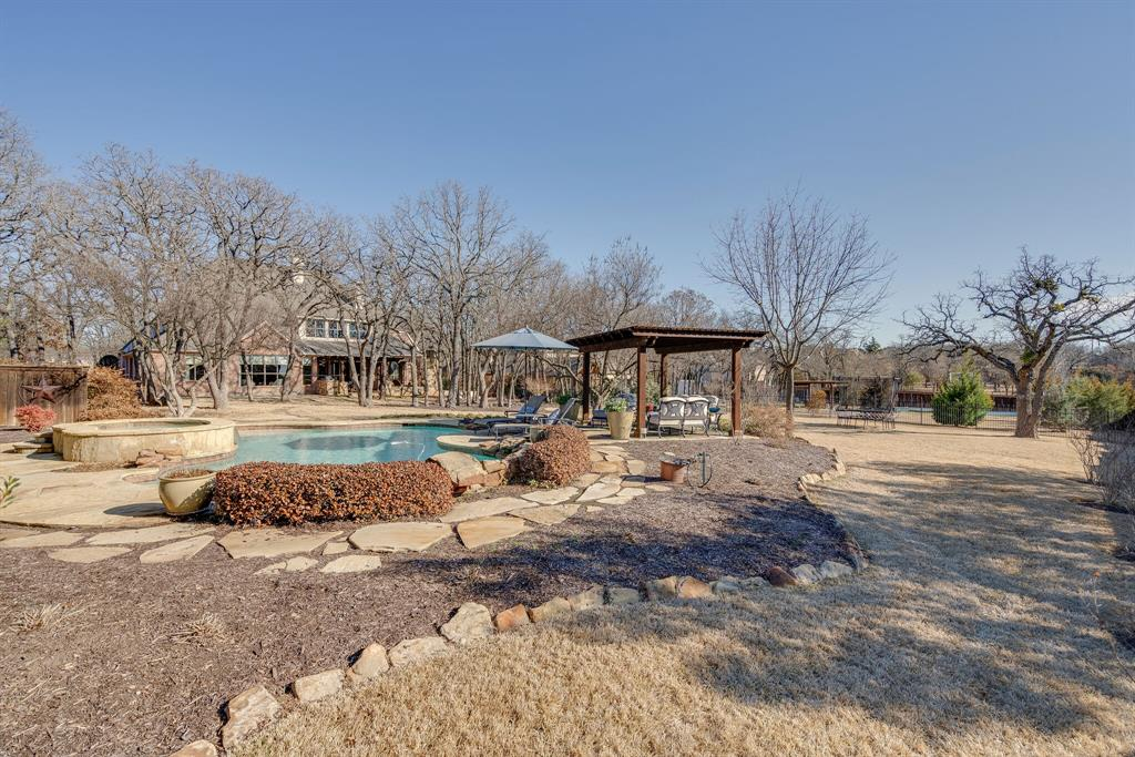 1008 Bourland Road, Keller, Texas 76248 - acquisto real estate best plano real estate agent mike shepherd