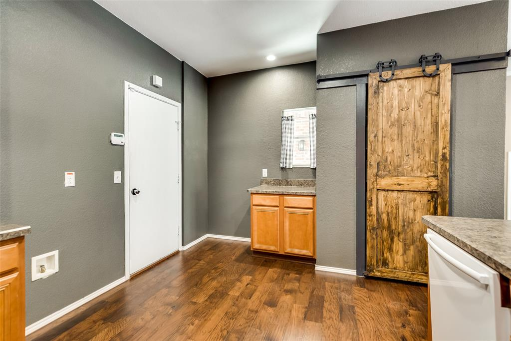 5945 Lost Valley Drive, The Colony, Texas 75056 - acquisto real estate best real estate company to work for