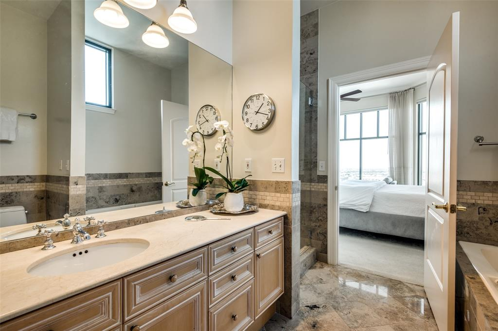 2828 Hood Street, Dallas, Texas 75219 - acquisto real estate best realtor westlake susan cancemi kind realtor of the year