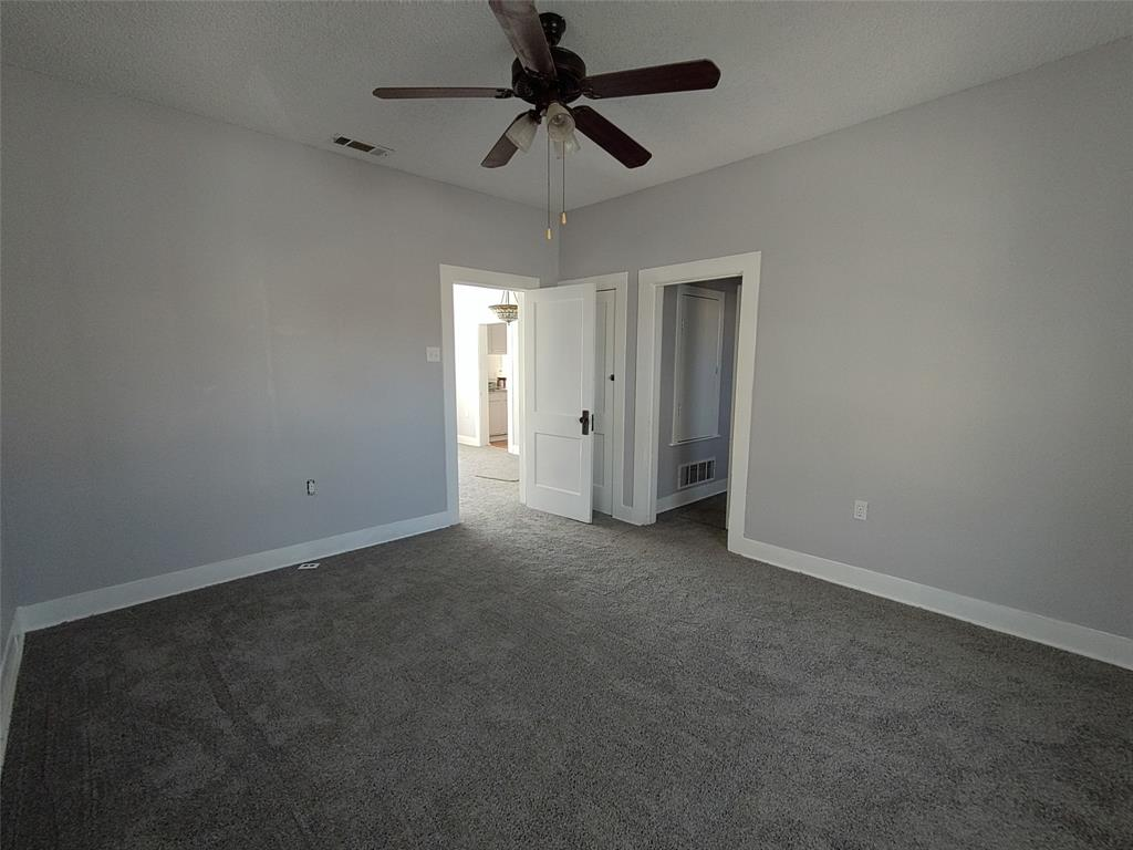 813 Green Valley Circle, Burleson, Texas 76028 - acquisto real estate best prosper realtor susan cancemi windfarms realtor