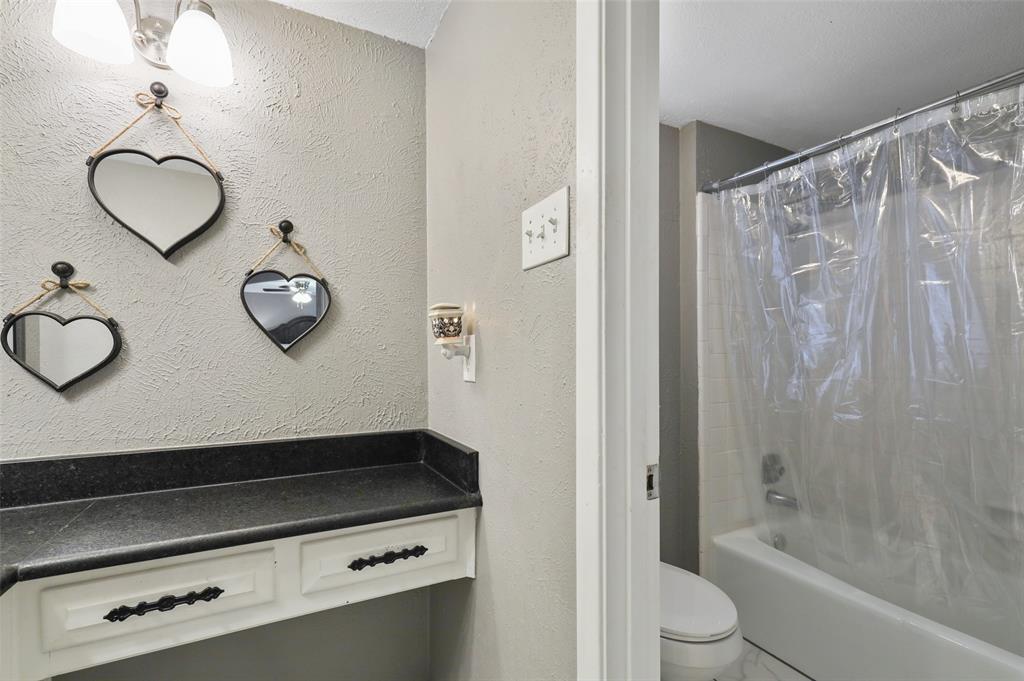 1413 Kingsbridge Drive, Garland, Texas 75044 - acquisto real estate best investor home specialist mike shepherd relocation expert