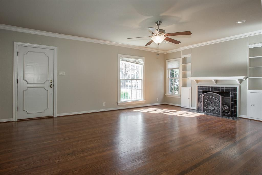 3904 Lenox Drive, Fort Worth, Texas 76107 - acquisto real estate best celina realtor logan lawrence best dressed realtor