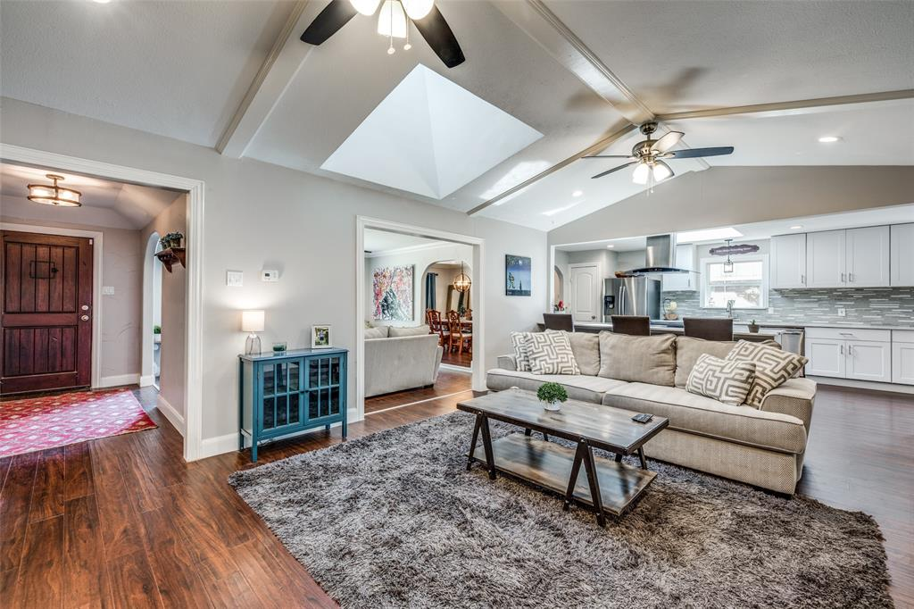 10015 Tim Tam Circle, Dallas, Texas 75229 - acquisto real estate best real estate company to work for