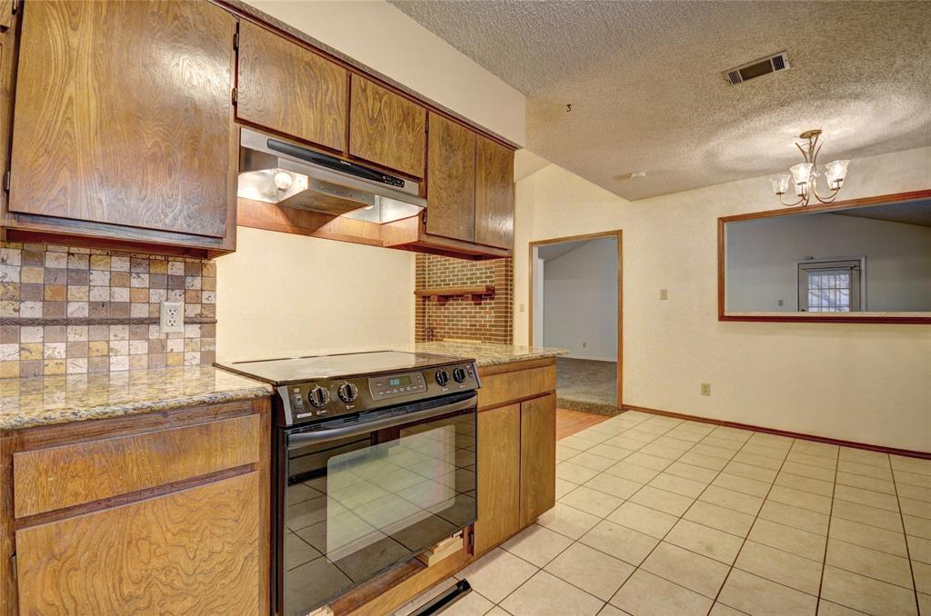 212 Asbury Drive, Saginaw, Texas 76179 - acquisto real estate best celina realtor logan lawrence best dressed realtor