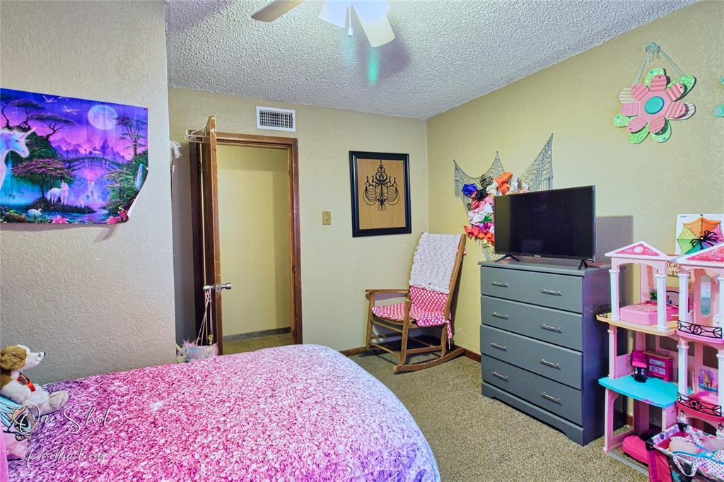 1958 Mockingbird Lane, Abilene, Texas 79603 - acquisto real estate best park cities realtor kim miller best staging agent