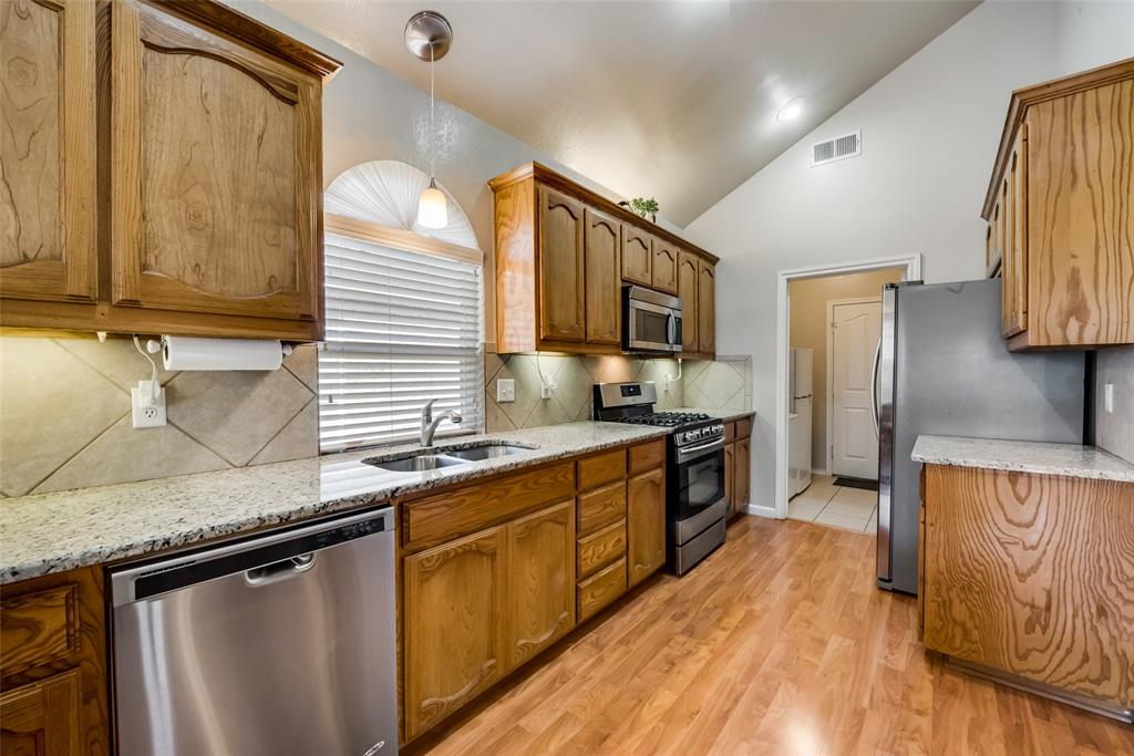 3720 Grantsville Drive, Fort Worth, Texas 76244 - acquisto real estate best allen realtor kim miller hunters creek expert