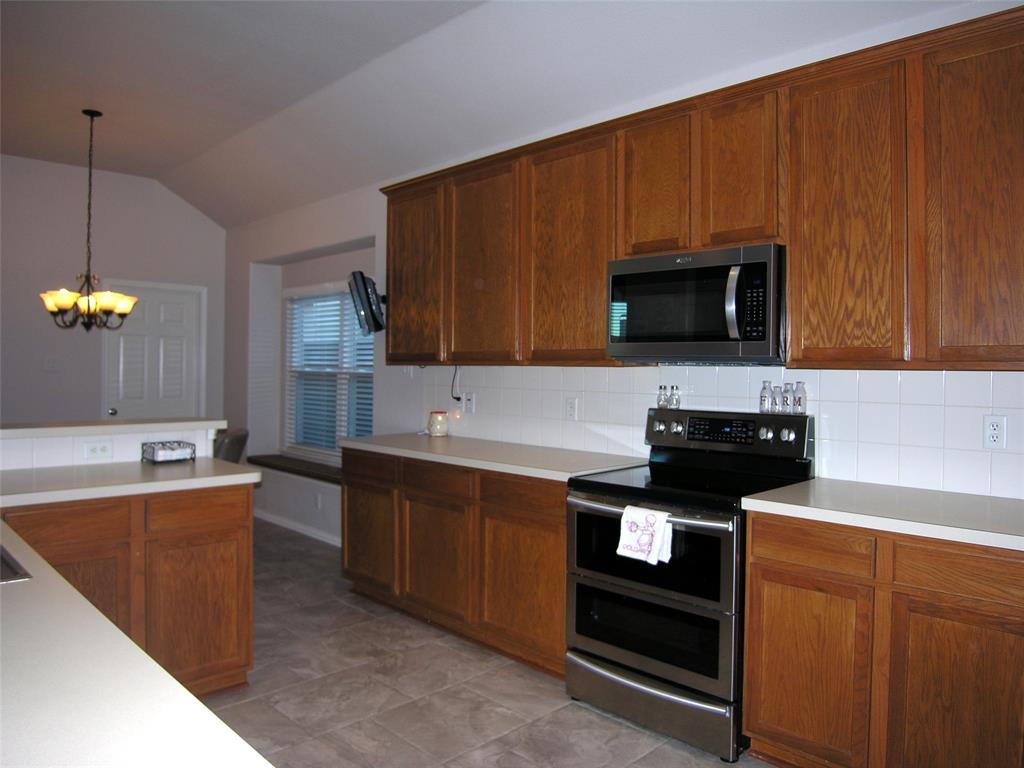 1608 Bur Oak Drive, Allen, Texas 75002 - acquisto real estate best prosper realtor susan cancemi windfarms realtor