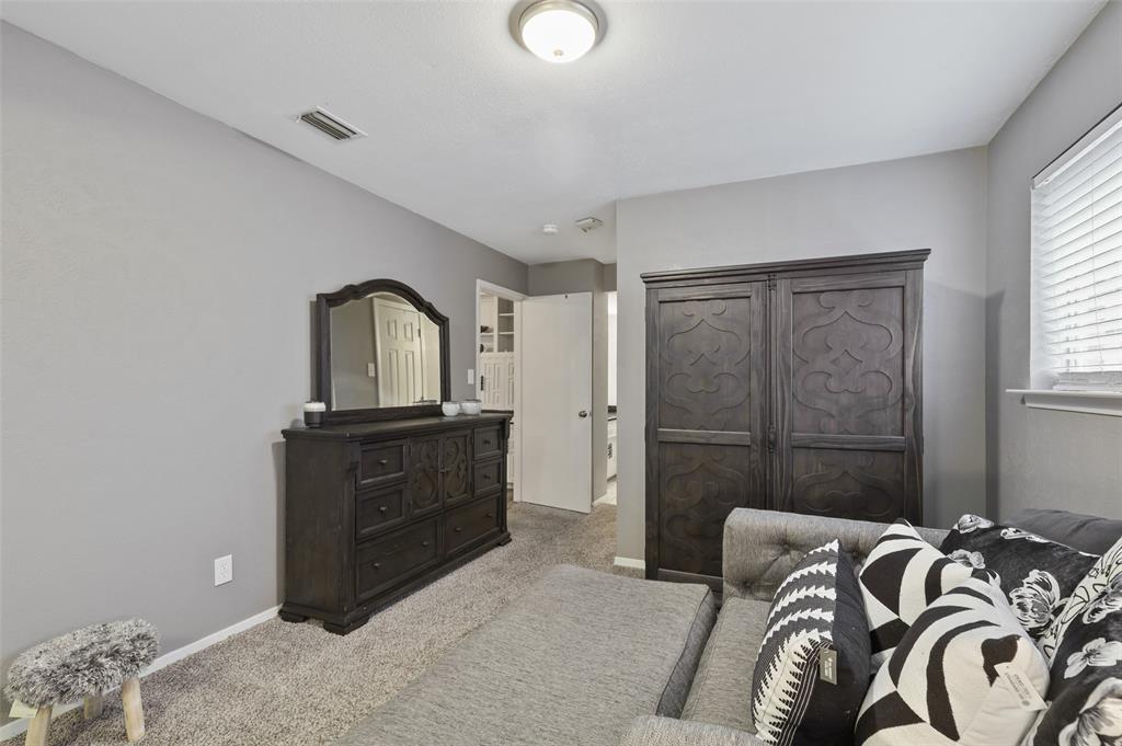 1413 Kingsbridge Drive, Garland, Texas 75044 - acquisto real estate best designer and realtor hannah ewing kind realtor