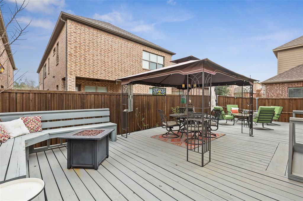 3920 Brookridge Court, Bedford, Texas 76021 - acquisto real estate best park cities realtor kim miller best staging agent