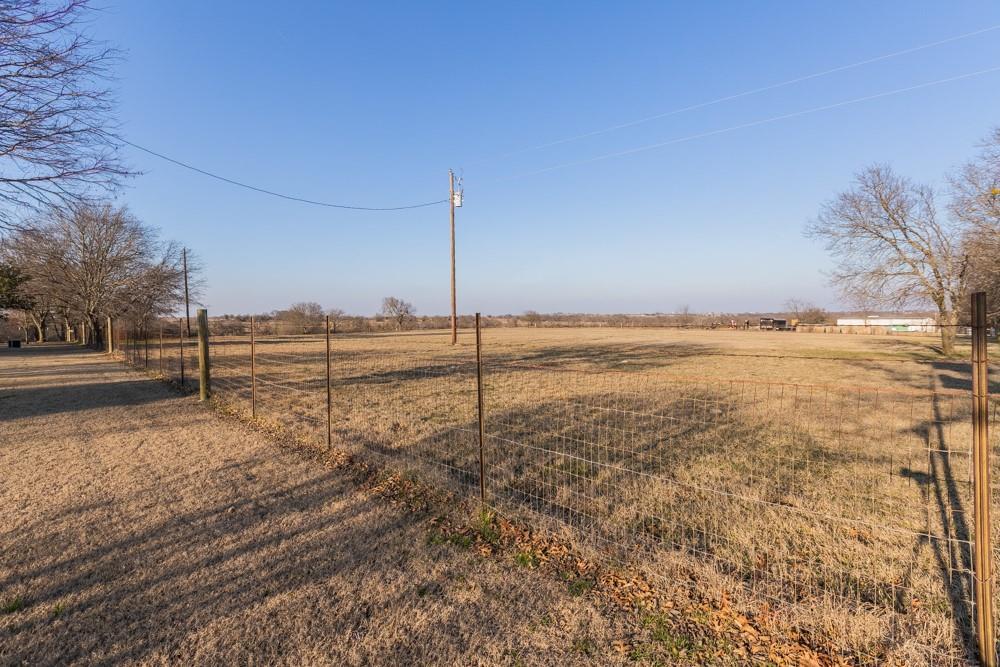 1060 Tumbleweed Drive, Waxahachie, Texas 75167 - acquisto real estate mvp award real estate logan lawrence