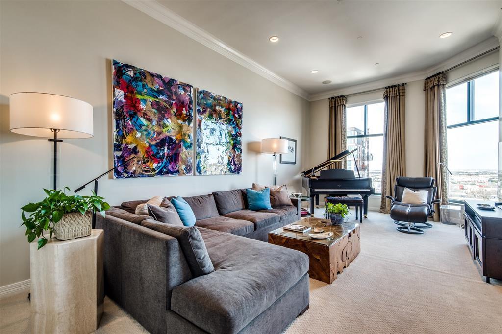 2828 Hood Street, Dallas, Texas 75219 - acquisto real estate best new home sales realtor linda miller executor real estate