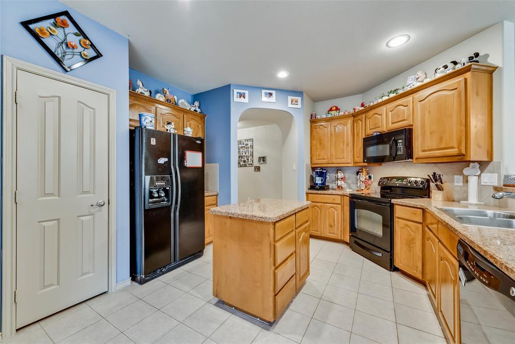 10928 Hawks Landing Road, Fort Worth, Texas 76052 - acquisto real estate best designer and realtor hannah ewing kind realtor