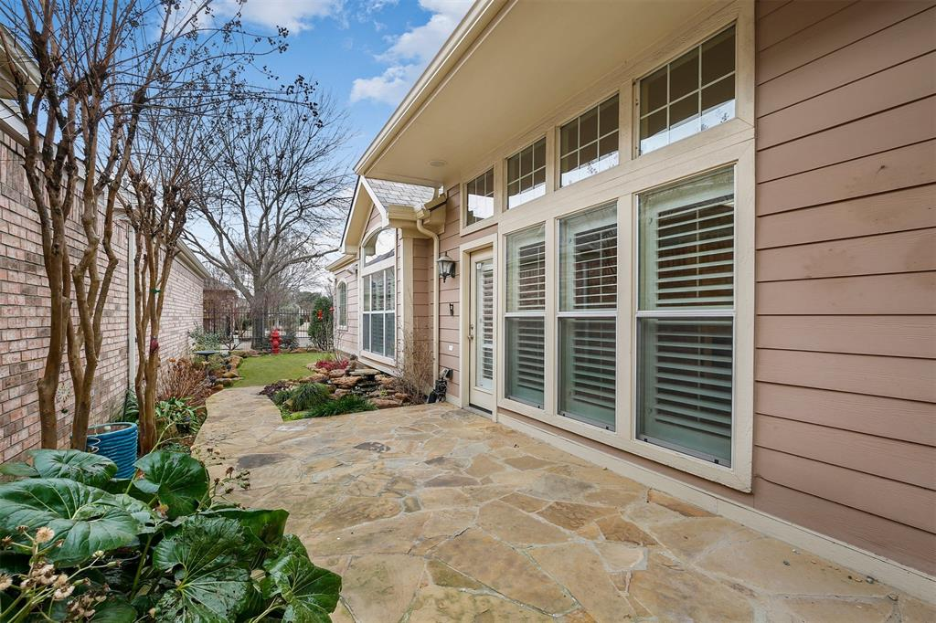 6105 Lake Way, North Richland Hills, Texas 76180 - acquisto real estate best looking realtor in america shana acquisto