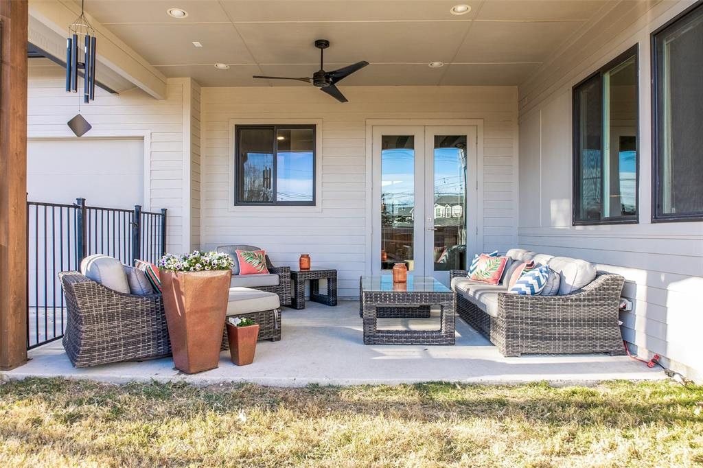 9109 Longmont Drive, Dallas, Texas 75238 - acquisto real estate best plano real estate agent mike shepherd