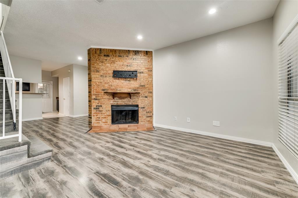 633 Carriagehouse  Lane, Garland, Texas 75040 - acquisto real estate best allen realtor kim miller hunters creek expert