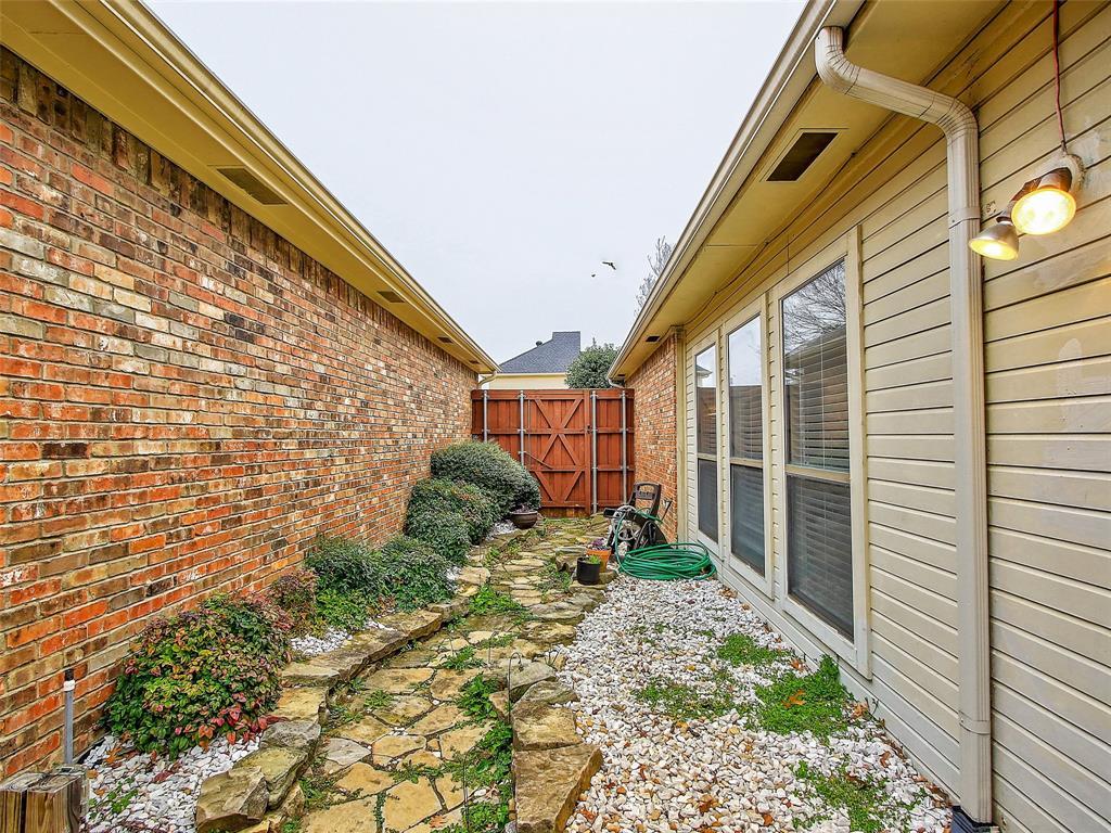 4303 Bendwood Lane, Dallas, Texas 75287 - acquisto real estate best realtor westlake susan cancemi kind realtor of the year